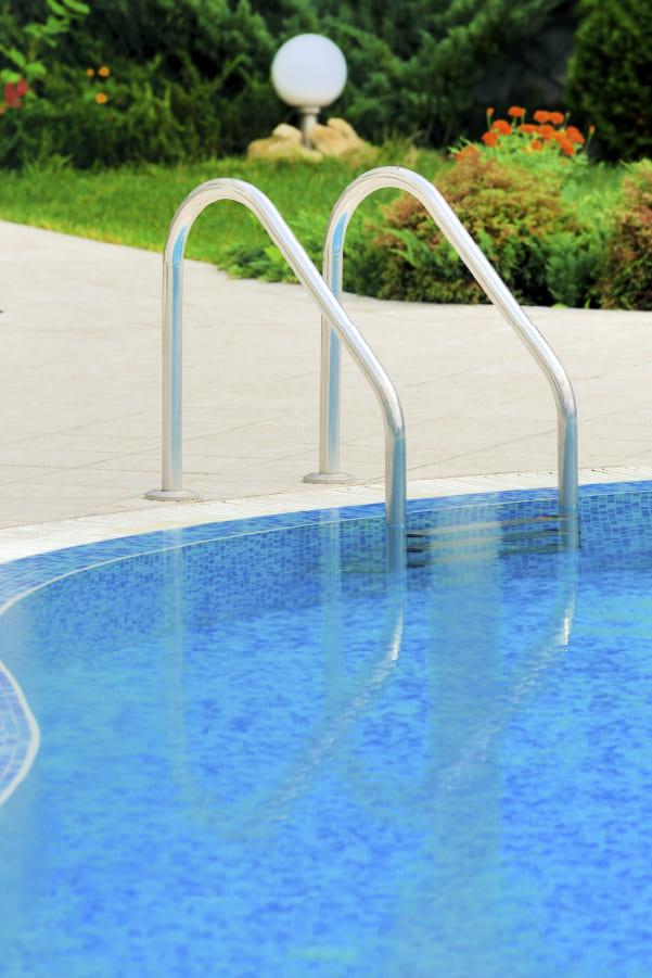 viviendas con piscina comunitaria